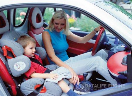 Перевозка новорожденных в автомобиле