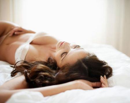 Глупые мужские заблуждения о женской мастурбации